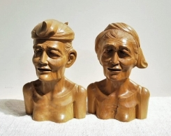 Balinese Couple Wood Carving Statues