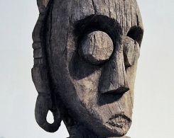 Tribal Dayak Hampatong Statue