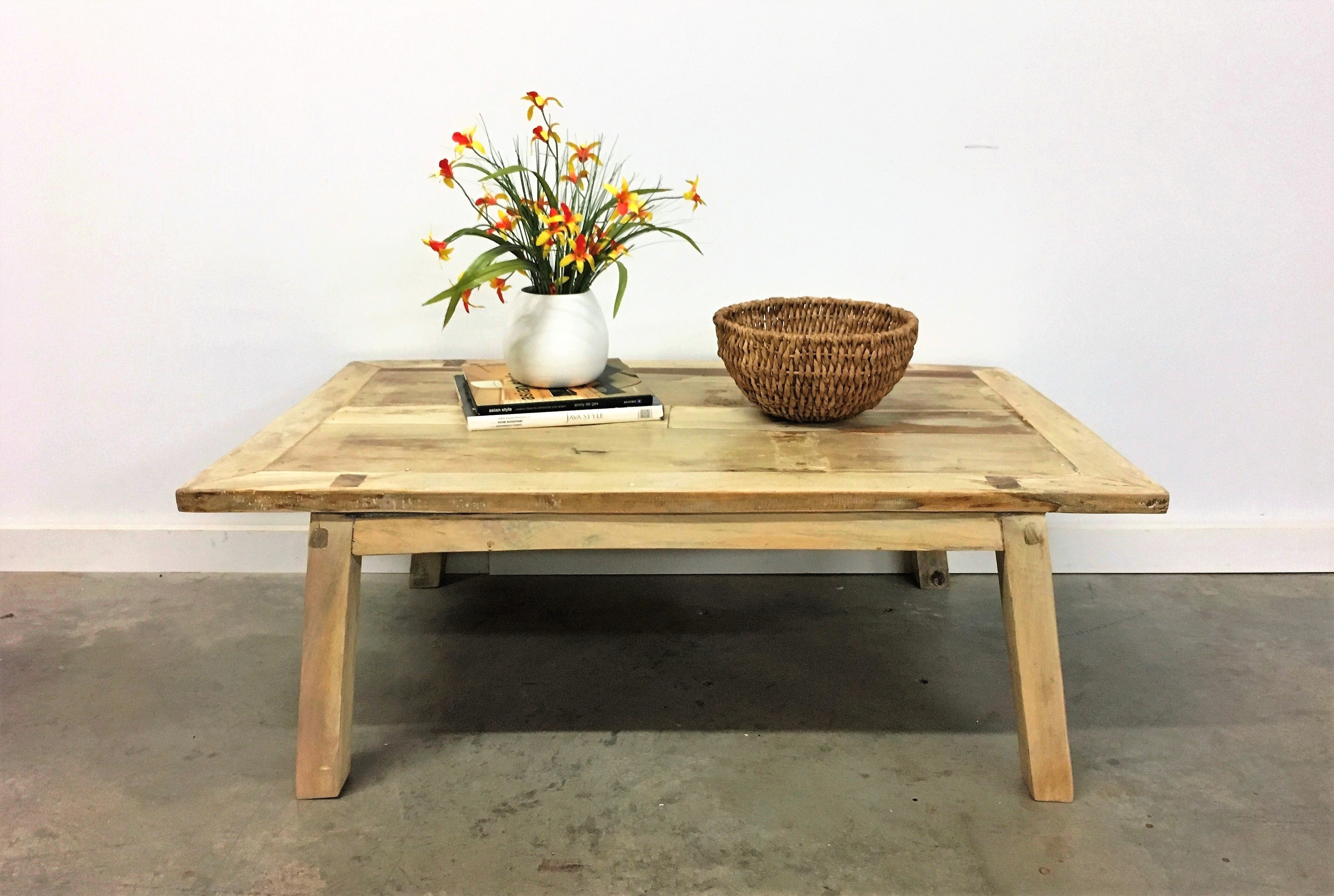 Tables :l: Coffee Tables