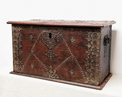 Chests :l: Miscellaneous Furniture